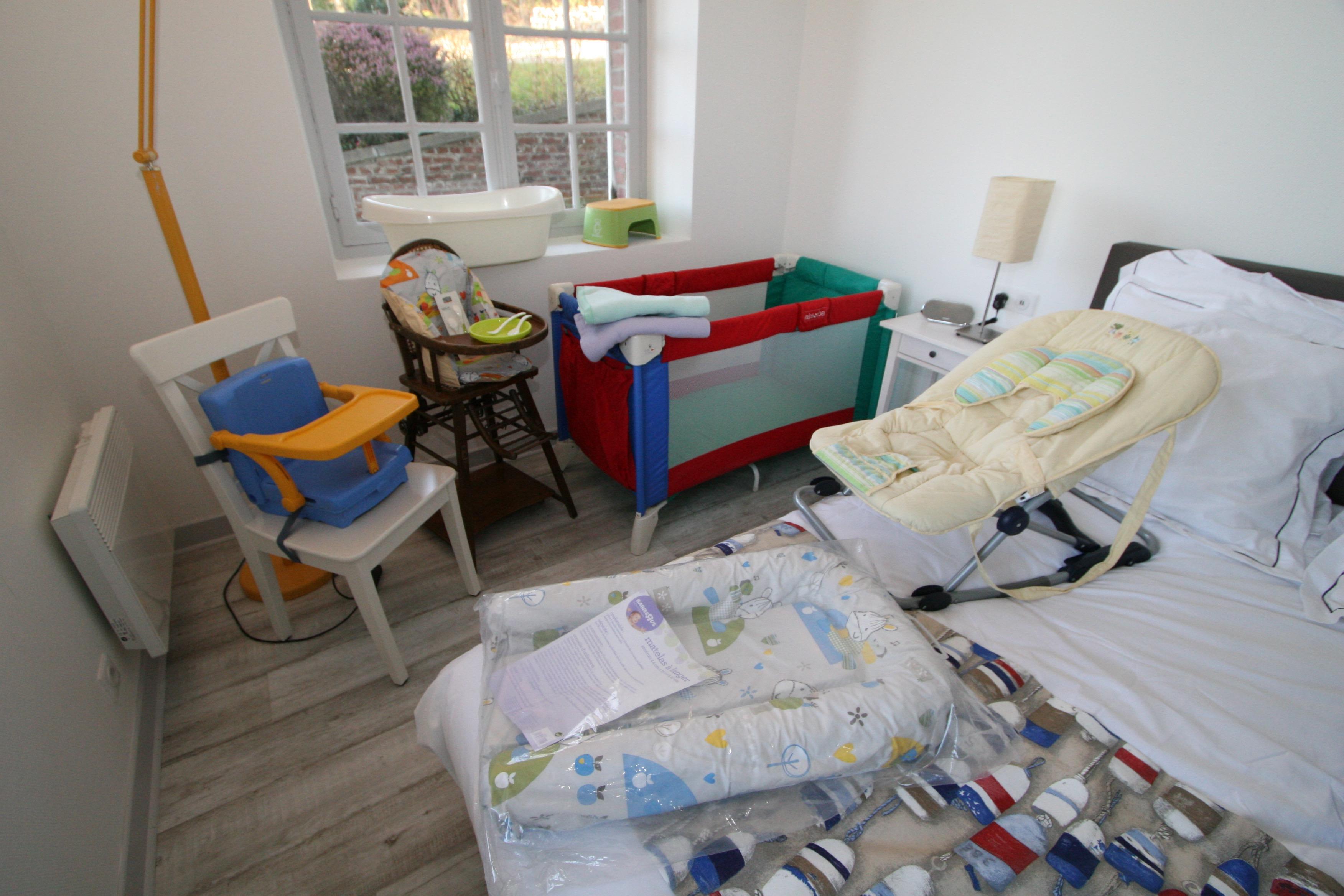 free dispose duune laverie avec lave linge et sche linge with seche linge appartement. Black Bedroom Furniture Sets. Home Design Ideas